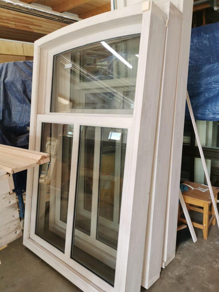 Rustikálne výsuvné okná