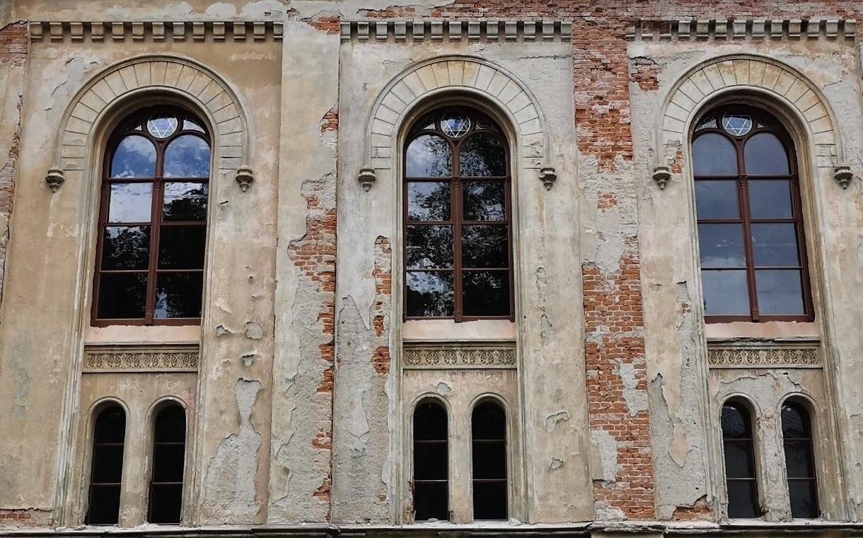 Rustikale Holzfenster